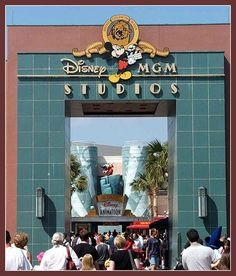Walt Disney World's Hollywood MGM Studios (Orlando, Resort Disney World Rides, Disney Parks, Walt Disney World, Orlando Disney, Old Disney, Vintage Disney, Disney Stuff, Retro Vintage, Disney World Hollywood Studios