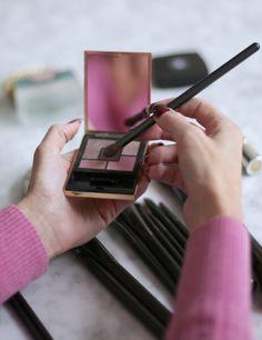 Inredningshjälpen Makeup, Hair, Beauty, Design, Make Up, Beauty Makeup, Beauty Illustration, Bronzer Makeup