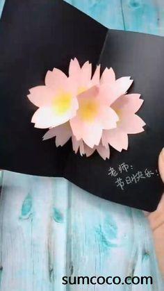 Paper Bouquet Diy, Diy Paper, Paper Crafts, Pop Up Flowers, Diy Flowers, Fun Diy Crafts, Crafts To Make, Diy Clay, Clay Crafts