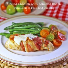 Grilled Chicken with Brie and Bacon - the perfect recipe for an easy and delicious #WeekdaySupper