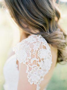 Gorgeous spring bridal shoot in Austin
