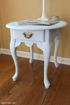 A list of the BEST paint colors to use on furniture makeovers - A pretty Queen Anne table makeover with Country Chic Paint's Icicle clay paint.