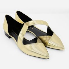 Pointed D'Orsay Ballerinas | CHARLES & KEITH