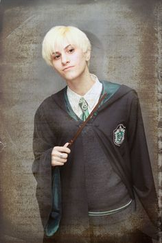 Draco Malfoy by ~greeen9 on deviantART Cool Costumes, Cosplay Costumes, Halloween Costumes, Draco Malfoy Costume, Slytherin House, Harry Potter, Dress Up, Deviantart, Female