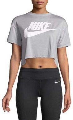 8e0df31bb52a10 Nike Essential Short-Sleeve Crop Top