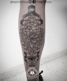 """Marín® 🔹Tattoo Artist🔹 en Instagram: """"• DOTWORK • Os dejo por aquí la pieza de dotwork que le realize a mi bro @diegogarciagarcia24 Como siempre un placer tatuarte. Foto…"""""""