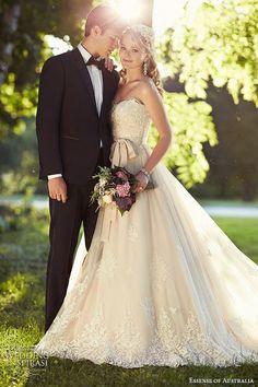 無敵シルエット♡王道エレガントなAラインのウェデングドレス*|marry[マリー]