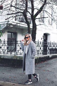 Grey coat | Eirín Kristiansen –