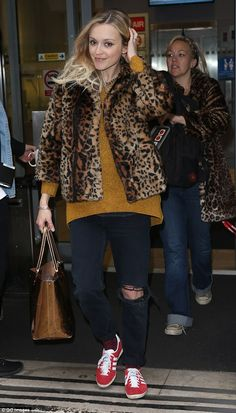 Casual style: Fearne Cotton was looking better than ever as she left the Radio 2 studios i...
