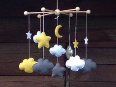 Early mobiles did not necessarily move, as do most crib mobiles today. The modern crib mobile is… Baby Decor, Nursery Decor, Handmade Crafts, Diy And Crafts, Diy Crib, Baby Crib Mobile, Baby Couture, Baby Kind, Felt Crafts