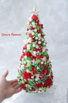Купить или заказать Елка 'Елка!' в интернет-магазине на Ярмарке Мастеров. НОВИНКА!!! Елка 'Елка'! Высота елки - 40 см, диаметр кроны внизу - 17 см. Елка большая! =) В кроне: деревянные игрушки, сизаль, фетровые цветы, бусины, полубусины, ягоды, бантики, тычинки. Устойчивая, большая, оригинальная елка!