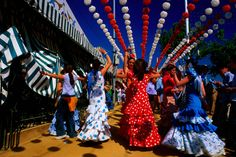 another beautiful pic. of sevilla -- celebrating feria!  love the colors in this pic. :)