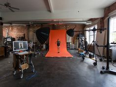 Fashion_Photography_tutorial_RGG_EDU_Vibrant_Shot_Michael_woloszynowicz_High_end_retouching-0149.jpg
