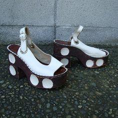 1970s Platform Shoes Vintage 1970s Sandals by purevintageclothing, $248.00