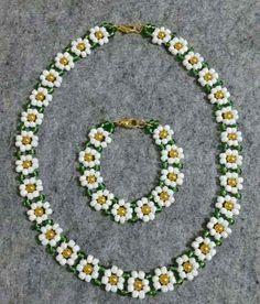 Best 11 Seed bead jewelry space between flowers ~ Seed Bead Tutorials Discovred by : Linda Linebaugh – Page 788411478495413651 – SkillOfKing. Seed Bead Bracelets, Seed Bead Jewelry, Bead Jewellery, Seed Beads, Silver Bracelets, Jewellery Shops, Jewelry Bracelets, Pearl Jewelry, Bead Earrings