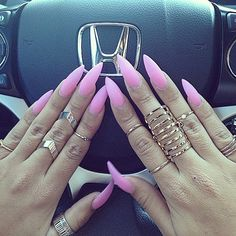 Check these out schlicht acrylic nails Sexy Nails, Dope Nails, Nails On Fleek, Pink Nails, Pink Stiletto Nails, Fabulous Nails, Gorgeous Nails, Pretty Nails, French Nails Glitter