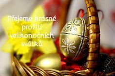 ▷ Velikonoční přání s obrázky ke stažení zdarma (aktualizováno 2020) Birthday Invitations, Christmas Bulbs, Easter, Holiday Decor, Art, Pictures, Art Background, Christmas Light Bulbs, Easter Activities