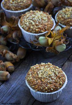 Pełnoziarniste muffinki orzechowe z płatkami owsianymi Healthy Desserts, Healthy Recipes, Happy Foods, Recipe Box, Chocolate, Sweet Recipes, Cereal, Health Fitness, Cupcakes