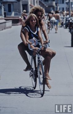 Summertime Street Cruising in San Francisco in the 1970s