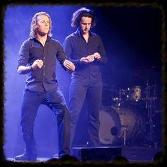 Hoping someday they do a world tour #ylvislove #Bård #Vegard pic.twitter.com/UBFj7J6PvX