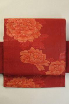 Rouge Nagoya Obi (Rokutsu), Fukure Weave Flower Pattern / 臙脂色地 ふくれ織りの花柄 六通名古屋帯   #Kimono #Japan http://www.rakuten.co.jp/aiyama/