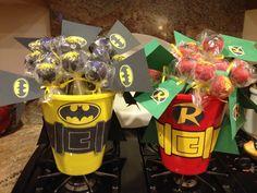 Batman and Robin cakepops