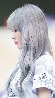 |01| Luda WJSN Cute Korean Girl, Asian Girl, Kpop Girl Groups, Kpop Girls, Wjsn Luda, Kpop Girl Bands, Korean Star, Cosmic Girls, Celebs