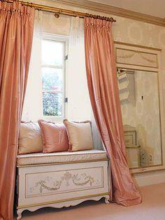 Cortina de seda de color rosa CORAL seda por ZylstraArtAndDesign