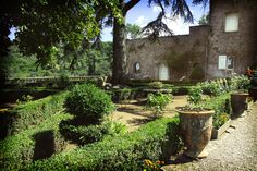 Chateau Bas d'aumelas, 30 mins from pez, no accom, beautiful
