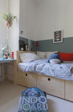 Find Furniture, Large Furniture, Bedroom Furniture, Home Furniture, Lounge Design, Lounge Decor, Parents Room, Kids Room, Classy Living Room