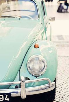 Volkswagen Vintage Beetle I want to buy one and restore it :) Whether you're intereste VW Vw Vintage, Vintage Design, Vintage Love, My Dream Car, Dream Cars, Mint Green Aesthetic, Kdf Wagen, Turquoise, Aqua