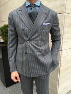Just a simple display of the wonderful world of menswear. Grey Suit Men, Pinstripe Suit, Sharp Dressed Man, Well Dressed Men, Mens Fashion Suits, Mens Suits, Shirt And Tie Combinations, Blazers For Men, Suit And Tie