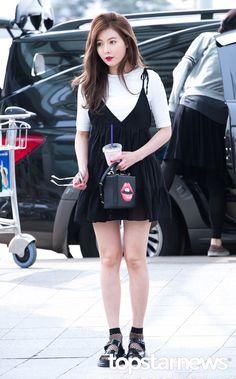 Hyuna's Airport Fashion