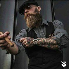 Support this badass Bearded Bad Boy booze_baccy . Badass Beard, Epic Beard, Bart Tattoo, Bart Styles, Sexy Bart, Look Rockabilly, Cigar Men, Style Masculin, Look Man