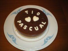 Tarta de tres chocolates, con la decoración hecha en chocolate blanco!