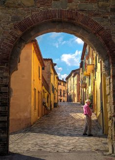 The entrance gate to the walled hilltop village of San Leo, Emilia Romagna