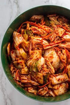 Homemade Korean Vegan Kimchi - perfectly vibrant, spicy, and sour with the hint of umami that will pair extremely well in any buddha bowls and fried rice. Vegetarian Recipes, Healthy Recipes, Healthy Food, Asian Recipes, Ethnic Recipes, Easy Family Meals, Family Recipes, Kombucha, Tapas