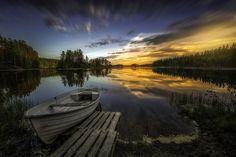 風景日の出と日没川マリナスボートスカイバート、自然の埠頭
