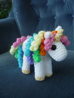 What's on the other side of a #rainbow? This colorful Unicorn, a Free Pattern crochet. Perfect gift for a little girl.