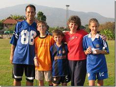 Planning a #Family #Soccer Practice - Avila Creative Soccer has Fun Summer Ideas for the #WholeFamily http://avilasoccer.com/blog-2/263-planning-a-family-soccer-practice.html