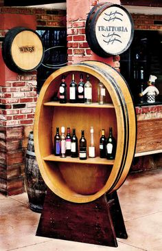 Italian Restaurant #wine #Italian #food #decor