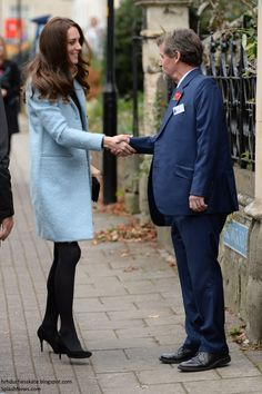 hrhduchesskate:  Visits to HMP Eastwood Park Women's Prison & Nelson Charity Trust, November 4, 2016-The Duchess of Cambridge is greeted as she arrives at the Nelson's Trust Women's Centre, which supports vulnerable women, and has ties to Eastwood Park Women's Prison