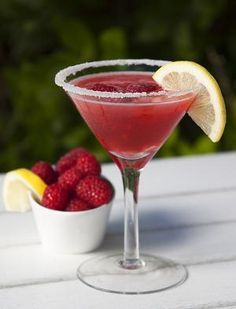 Raspberry Lemon Drop -- The only thing better then a drink in a martini glass is a PINK drink in a martini glass.  :) Cocktails, Non Alcoholic Drinks, Party Drinks, Cocktail Drinks, Martinis, Cocktail Night, Milkshakes, Wine Drinks, Refreshing Drinks