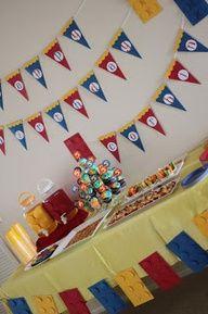 delicateCONSTRUCTION: Lego Birthday Party