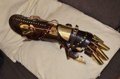 Steampunk Design, Steampunk Diy, Steampunk Fashion, Steampunk Accessories, Fashion Accessories, Mechanical Arm, Robot Hand, Suit Of Armor, Steampunk Costume