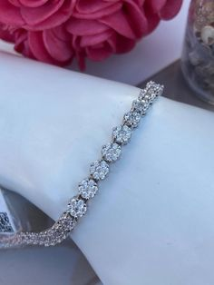 Bracelet tennis en argent 925 et cubiques zirconium Bracelet Tennis, Bracelets, Diamond, Jewelry, Lobster Clasp, Jewlery, Jewerly, Schmuck, Diamonds