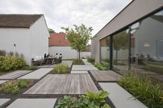 Modern Landscaping, Outdoor Landscaping, Outside Living, Outdoor Living, Garden Floor, Farmhouse Garden, Outdoor Spaces, Outdoor Decor, House Windows