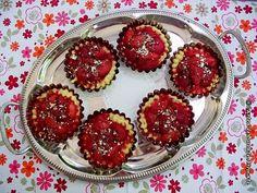 Tarte cu căpşune (de post) Muffin, Breakfast, Food, Pie, Morning Coffee, Essen, Muffins, Meals, Cupcakes