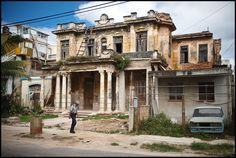 Old colonial house, Havana, Cuba, By Tom Kluyskens