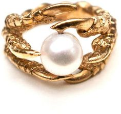 The Pearl Of London Ring